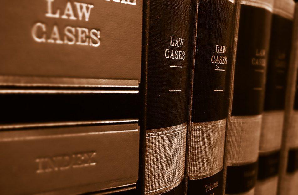 Avvocato, esercizio abusivo della professione