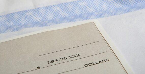 Prospetti paga sottoscritti con la formula per ricevuta